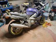 Kawasaki Typ ZZR