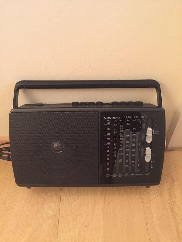 Altes Grundig Radio - gebraucht kaufen bei dhd24.com