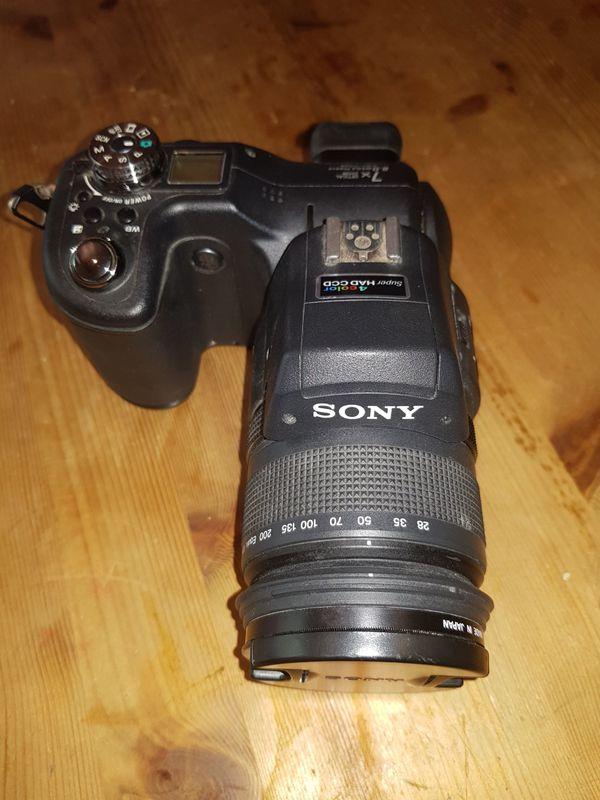 SONY Cybershot DSC-F828 Kamera mit