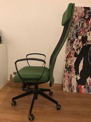 Moderner Bürodrehstuhl
