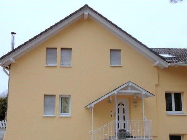 Schönes schickes Doppelhaus in der