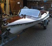 Sportboot, Teakholz-Mahagoni-