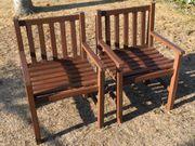 2 Holzstühle für Garten oder