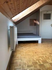 Zimmer in Dachgeschoss