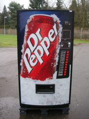 Getränkeautomat Colaautomat - Dr Pepper - Werbefront
