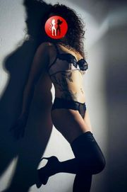 PATRICIA, 24 J.,