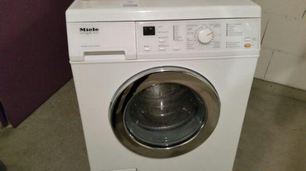 miele zubeh r waschmaschine gebraucht kaufen nur 2 st bis 65 g nstiger. Black Bedroom Furniture Sets. Home Design Ideas