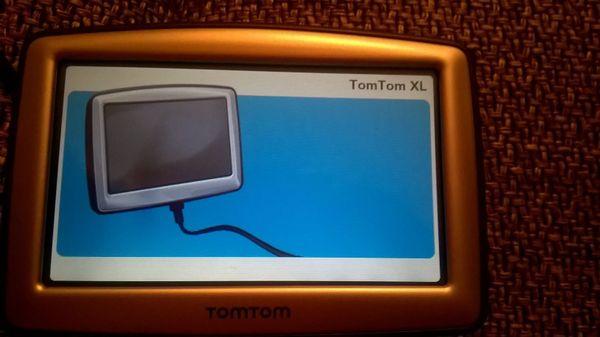 NAVIGATIONS GERÄT TOM TOM