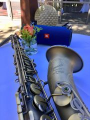 Saxophonist & Sänger
