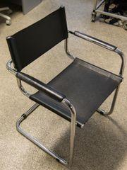 Möbel und Stühle,