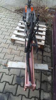 Hydraulischer Holzspalter mit