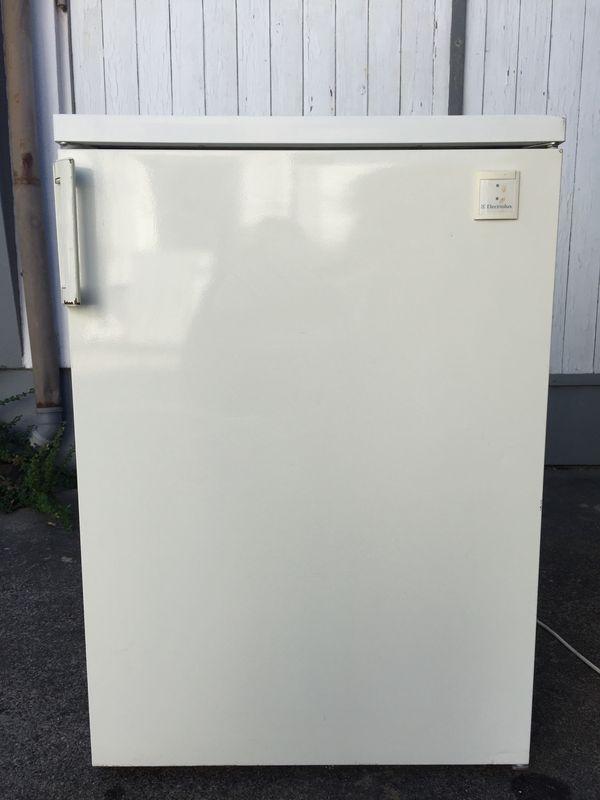 Electrolux freistehender Kühlschrank ER 1536 T mit Gefrierfach in ...