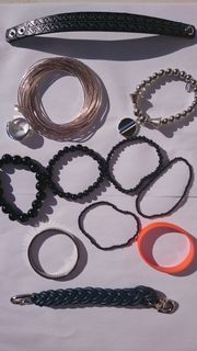 Armbänder und Modering