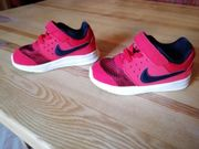 Kinderschuhe Nike gr