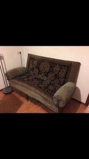 Stylisches, antiquiertes Sofa