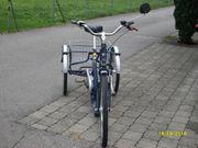 Elektro-- Dreirad mit Akku Ladegerät