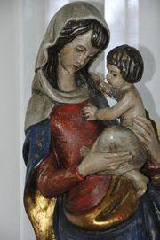 Heilige Maria mit Jesuskind - handgeschnitzt