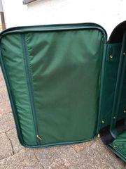 Grüner Koffer gebraucht