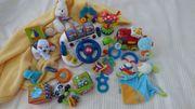 ganz viel Baby- und Kleinkindspielzeug -