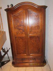 Verkaufe gut erhaltene Garderobe sowie