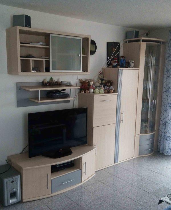 """Wohnwand Wohnzimmer Schrankwand - Denkendorf - Biete eine Wohnwand vom Möbel Rieger """" Junges Wohnen"""" an.Ist kein Vollholz sondern Furnier. Ahorn hell.Nicht im Verkaufsumfang ist natürlich Dekorationsmaterial, Inhalt und sonstiges, nur die reine Wohnwand. Die Module sind alle einzeln abe - Denkendorf"""