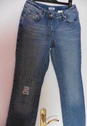 Jeans Gr. 36 *