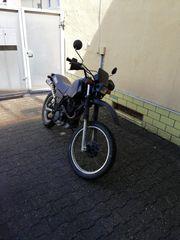 Yamaha XT550 Enduro