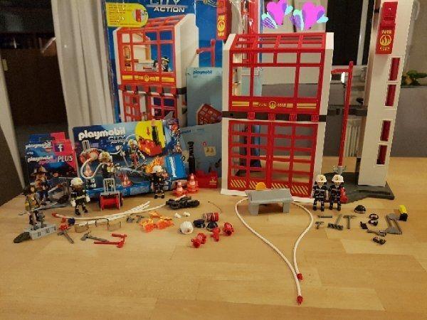 Playmobil 5361 Feuerwehrstation Mit Viel Zubehör In Mettingen