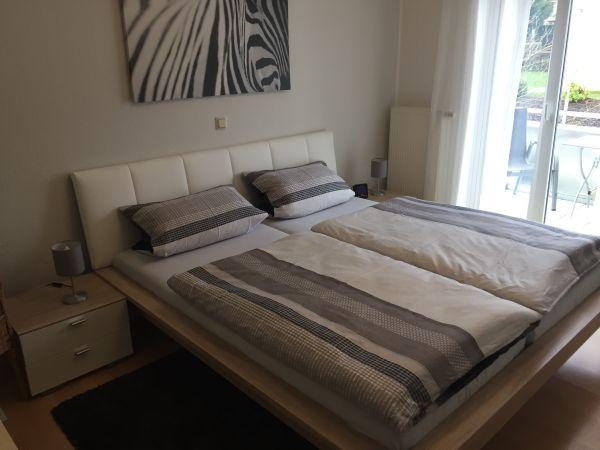 Schlafzimmer Komplett Eiche Nb / Weiß In Elz - Schränke, Sonstige