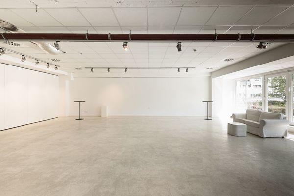 Heller Galerie Raum Für Ausstellungen Shootings Seminare