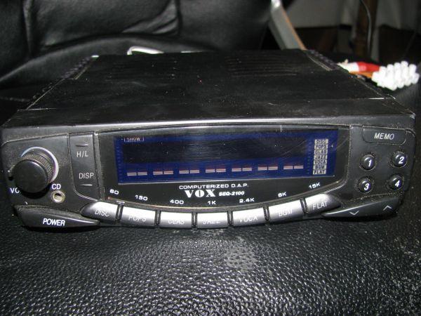 VOX SEQ-2100 Autoradio Verstärker