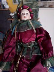 Göde Porzellan-Puppe