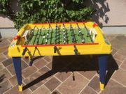 Tischfußball-Tisch mit Aufsatz für Spiele