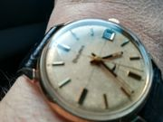 Mehrere schöne Uhren