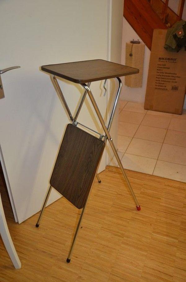 beamer bzw diaprojektor tischchen gebraucht aber gut s. Black Bedroom Furniture Sets. Home Design Ideas