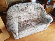 Couch Garnitur 1 Flasche Wein