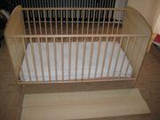 2 neuwertige mitwachsende Kinderbetten Modell