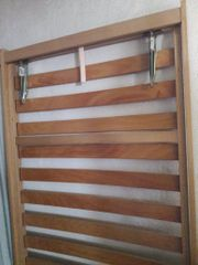 Holzlattenrost verstellbar zu