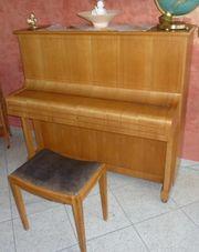 Klavier Pfeiffer