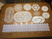 Diverse Klöppel- Häkel-Deckchen Handarbeit