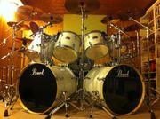 Schlagzeuger Drummer 50J aus Hilden