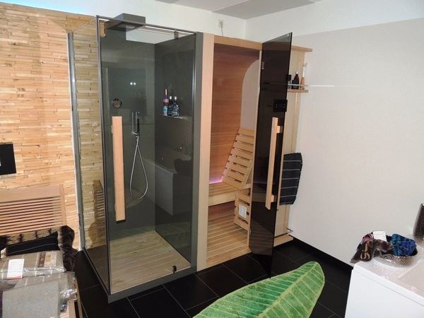 sauna kaufen sauna gebraucht. Black Bedroom Furniture Sets. Home Design Ideas