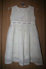 Festtagskleidchen Größe 98