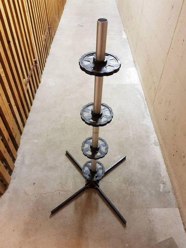 Felgenbaum - Felgenständer - Maintal - Verkaufe einen gebrauchten Felgenbaum zur optimalen Lagerung von 4 Reifen - Maintal