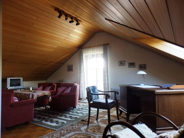 Sehr Schöne 1 12 Zimmer Wohnung Voll Möbliert In Karlsruhe