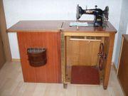 historische Schranknähmaschine Pfaff