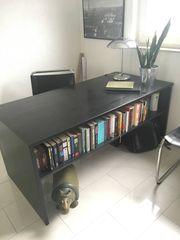 schwarzer Schreibtisch Holz