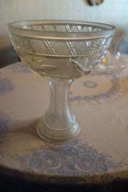 alte Glasschale in