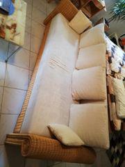Rattan schlafsofa Couch sehr gut