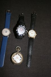 3 Armbanduhren und TRÖDELetc